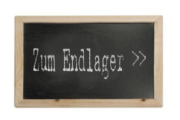 "Hinweis "" Zum Endlager "" symbolfoto"