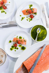 Salmon, sweet tomato and pesto starter