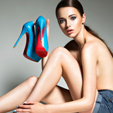 young-girls-naked-in-heels