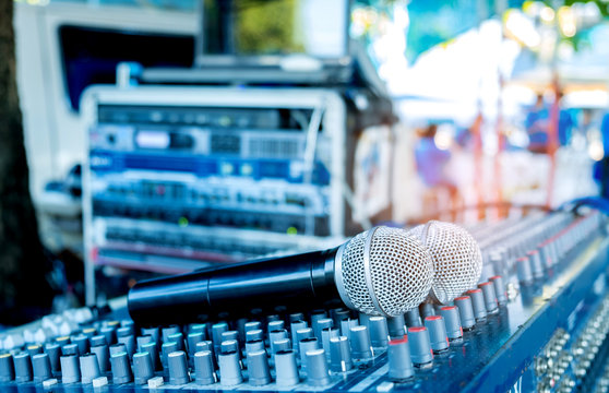 Microphone on the sound mixer.To customize audio system in the event.