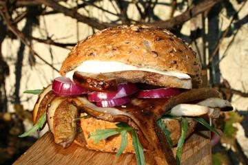 organisch, lifestyle, omega-3, burger, gesundes, fast food, gourmet, leinsamen, steinpilze, rucola, gesunde, ernährung, rustikal, country, modern, neu, werbetafel, urbano