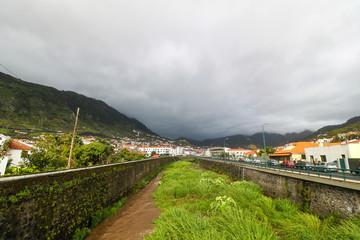 Machico an der Ostküste von Madeira, Portugal