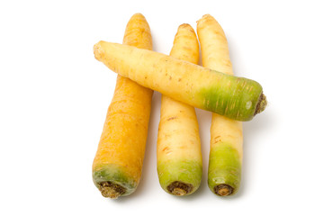 Gelbe und weiße Karotten