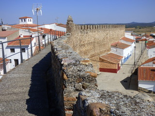 Muralla de Galisteo, pueblo historico de Cáceres,  (Extremadura, España)  Muralla de mas de 1 km