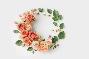 Poster Bloemen flower wreath with leaves