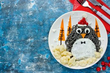 Food art idea penguin spaghetti