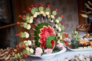 buffet di frutta e verdura