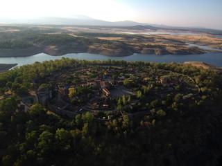 Granadilla desde el aire. Antiguo señorío de Granada y villa amurallada de origen feudal en  Cáceres, Extremadura