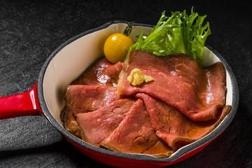 高級ローストビーフ Freshly made roast beef