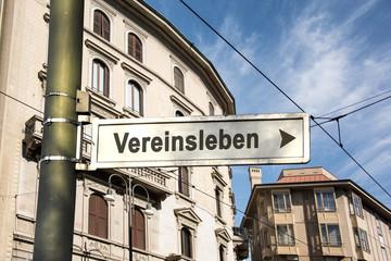 Schild 242 - Vereinsleben