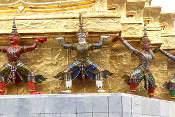 Buddhism in Bangkok, picture in Wat Phra Kaeo