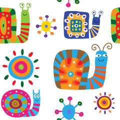 Seamless pattern with cute cartoon snails on a white background