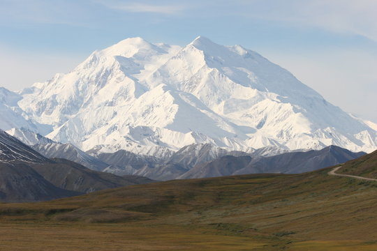Mount McKinley im Denali National Park, Alaska in clear view