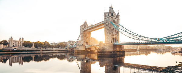 Printed kitchen splashbacks Central Europe The Tower Bridge in London