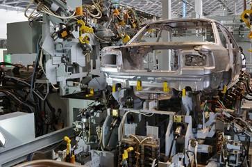 自動車工場の機械
