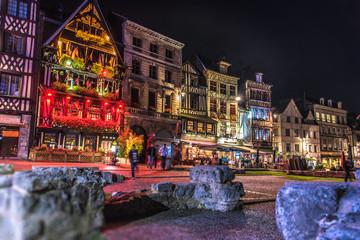 Place du Marché, Rouen, nocturne