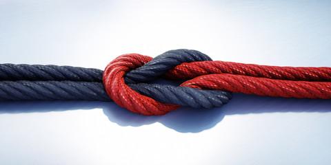 Kreuzknoten Rot Schwarz