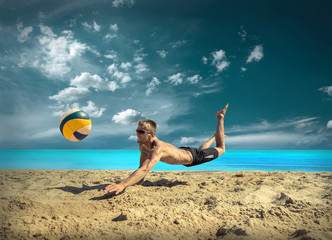 Beach Volleyball player in sunglasses under sunlight. Dynamic sp