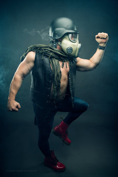 Steampunk male character with gas mask, post apocalypses
