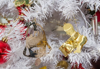 Gold Christmas Decorations White Tree