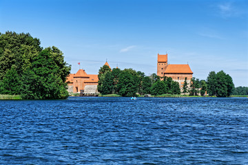 Wasserburg Trakai am Galvė See in Litauen