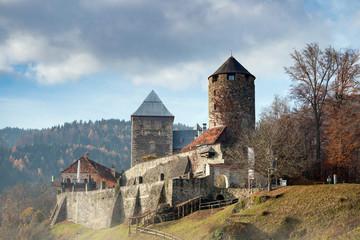 Burg Deutschlandsberg an der Schilcher Weinstrasse, Steiermark, Österreich, im Herbst