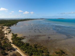 Luftbild mit Inselblick aufs Meer - Teil 1