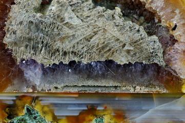 Minerał agat