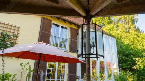 Garten Terrasse Im Mediterranen Stil Stockfotos Und Lizenzfreie