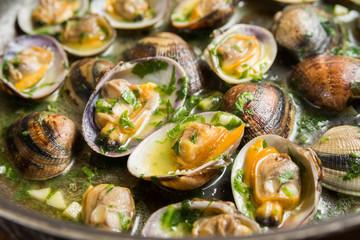 Clam shell chowder, zuppa di vongole, Mediterranean Cuisine