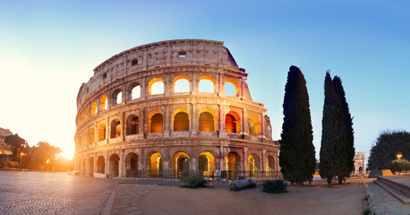 Panoramic image of Colosseum (Coliseum) in Rome, Italy Fototapete