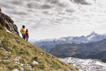 Germany, Bavaria, Oberstdorf, two hikers in alpine scenery