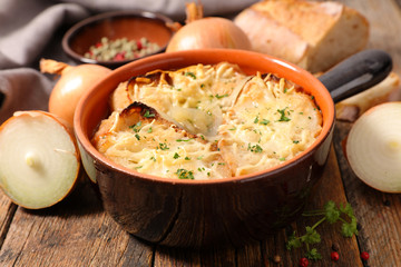 onion soup with bread and cheese
