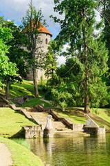 Burg im Schlosspark Cesis, Lettland
