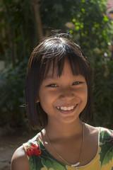 髪を切ったあと カンボジア少女