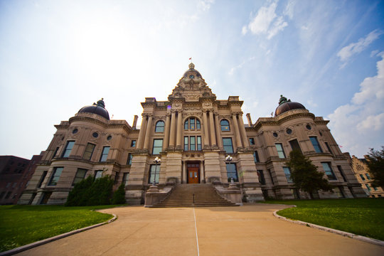 Courthouse Building Evansville