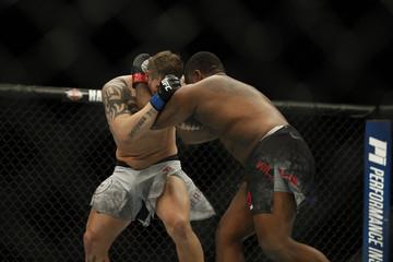 MMA: UFC 218 - Willies vs Crowder