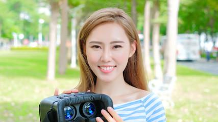 beauty woman use VR