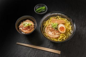 塩ラーメンセット Ramen set of typical Japanese style