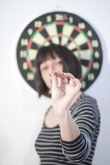 Setting goals  - Playing darts - Decision making - strategy concept
