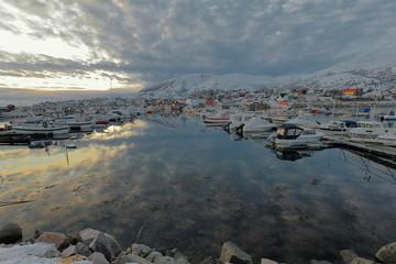 Harbor full of fishing boats-Lodingsaksla mounts in background. Lodingen-Hinnoya-Lofoten-Norway. 0652