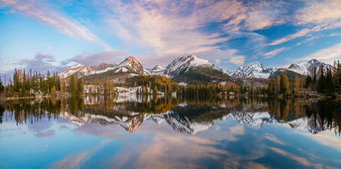Wall Mural - Panorama of high resolution mountain lake Strbske Pleso in Slovakia, lake in winter scenery
