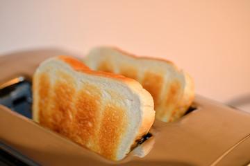 Toast, Toastbrot, Toaster, Frühstück, Brot, Röster, Nahrungsmittel, Weißbrot, Küche, Kastenweißbrot, Essen, Brotröster, Elektrogerät
