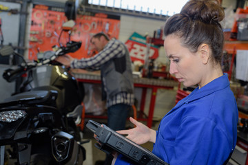 motorbike repair mechanic