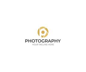 Camera Lens Letter P Logo Template. Video Vector Design. Photography Illustration
