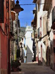Finestrat, pueblo de la Comunidad Valenciana, España. Situado en la provincia de Alicante, en la comarca de la Marina Baja, forma una conurbación con Benidorm