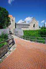Eingang zur Burg Sigulda, Lettland