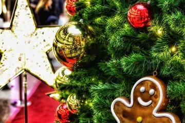 Weihnachtszeit am Tannenbaum
