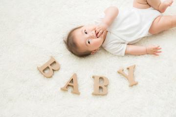 赤ちゃん(笑顔)