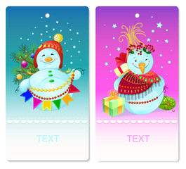 Christmas tags with snowmen and gifts